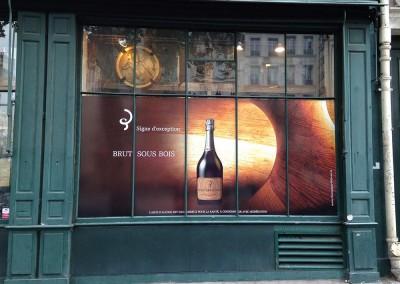 decoration-marquage-vitrine-vin